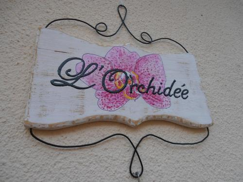 L'Orchidée : Bed and Breakfast near Montouliers