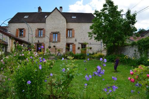 Chambre d'hôtes Rose en Vexin : Bed and Breakfast near Oinville-sur-Montcient