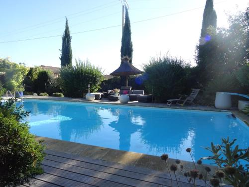 Mas D'Ange en Provence : Guest accommodation near Taillades
