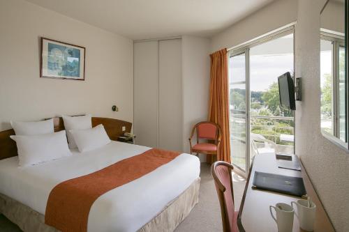 Best Western Hotel Sourcéo : Hotel near Laluque