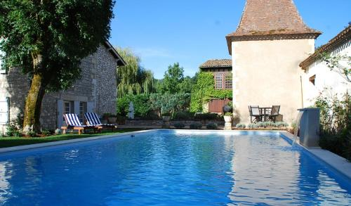Manoir du Bois Mignon : Bed and Breakfast near Nastringues