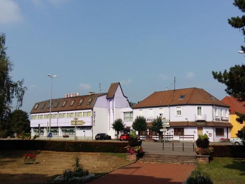 Hotel Restaurant Niemerich : Hotel near Wittenheim
