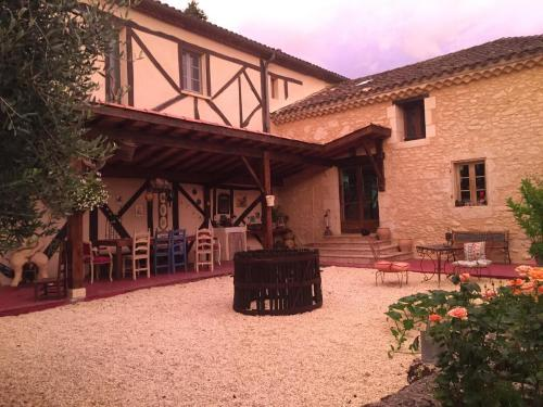 La Vieille Ferme : Guest accommodation near Roques