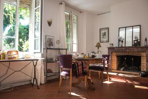 Chambres D'hôtes Amarilli : Bed and Breakfast near Mons