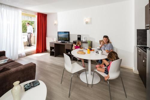 Les Loges Du Park : Guest accommodation near Virignin