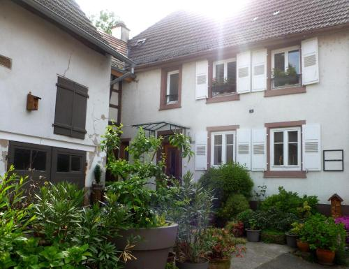 Maison d'hôtes La Renardière : Bed and Breakfast near Eschbach
