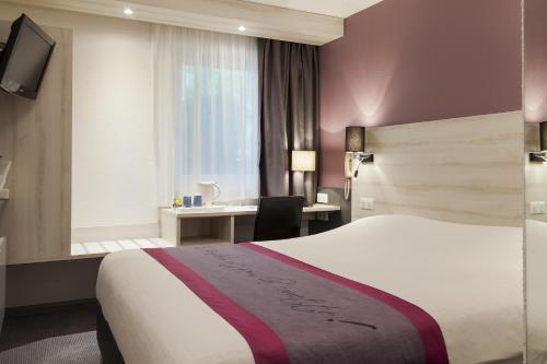 Kyriad Lille Est - Villeneuve d'Ascq : Hotel near Anstaing