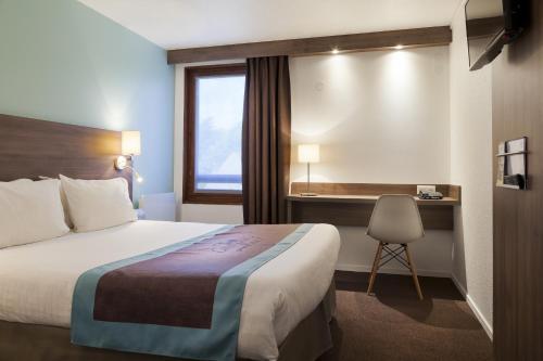 Comfort Hotel Lille - Mons en Baroeul : Hotel near Mons-en-Barœul