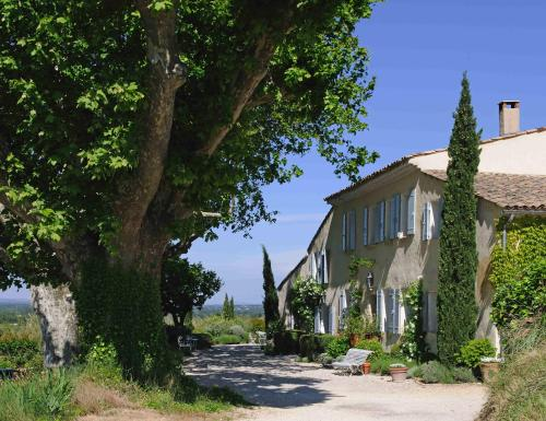 Mas de la Pierre du Coq : Bed and Breakfast near Sarrians