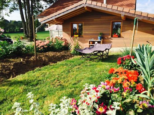 Gîte Les Cigognes : Guest accommodation near Fuans