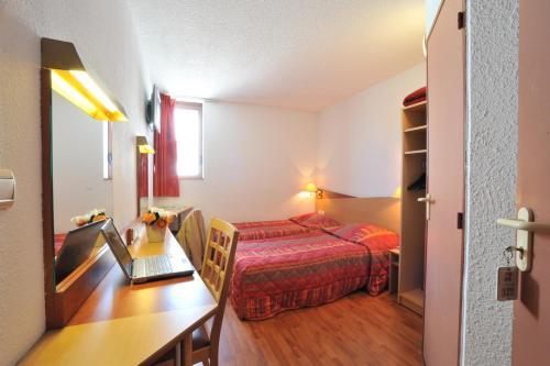 Hôtel balladins Toulon / La Valette : Hotel near Solliès-Pont