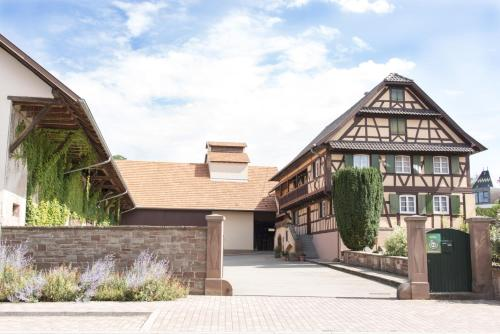 Ferme Typique Alsacienne : Apartment near Kuttolsheim