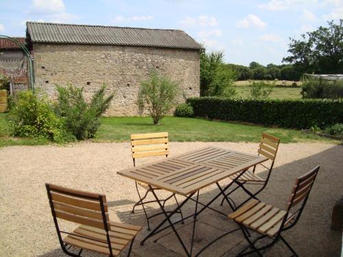 Demeure du Castel : Bed and Breakfast near Combrand