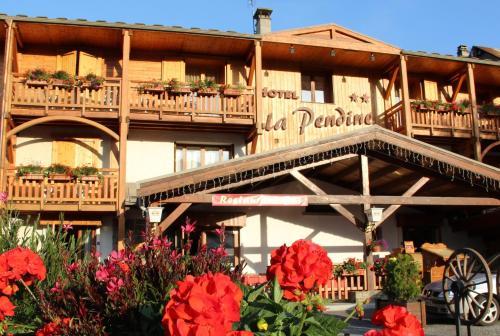 Hotel La Pendine : Hotel near L'Argentière-la-Bessée
