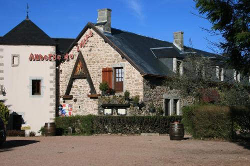 Auberge De L'Atre : Hotel near Saint-Germain-de-Modéon