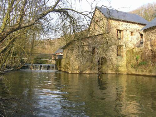 Moulin Du David : Bed and Breakfast near Renazé