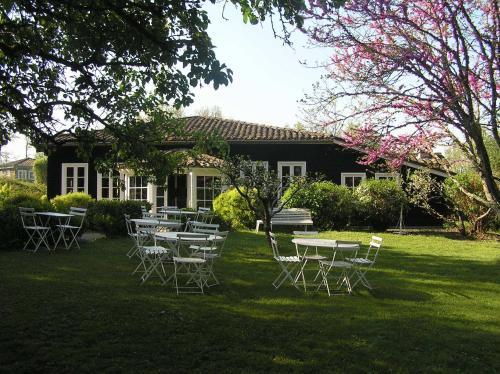 Residences Du Golf Des Roucous : Hotel near Saint-Paul-de-Loubressac