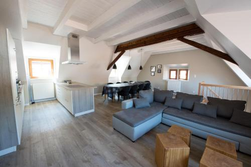 Les Gîtes de la Mère Michèle : Guest accommodation near Niedermorschwihr