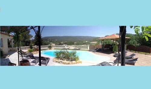 Appartement Vue Montagne : Apartment near Forcalqueiret