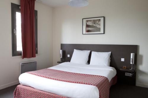 Villa Bellagio Institut Gustave Roussy by Popinns : Guest accommodation near Vitry-sur-Seine