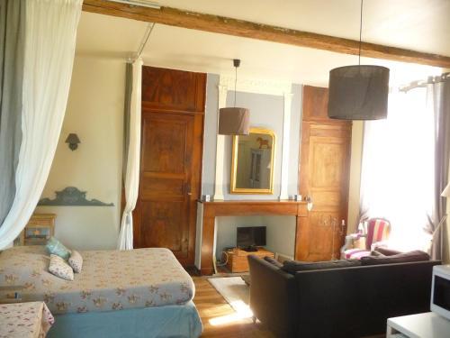 L'Eglantine : Guest accommodation near Escou