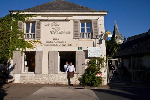Le Clos aux Roses : Bed and Breakfast near Saint-Jean-Saint-Germain