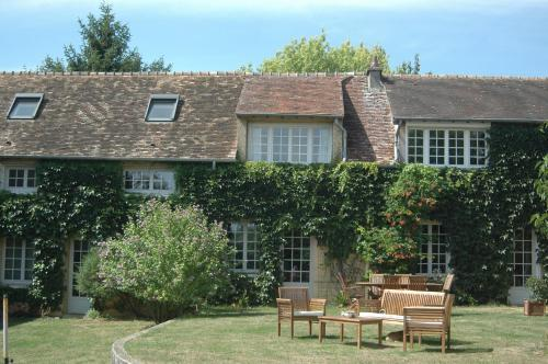 La Fermette Normande : Bed and Breakfast near Saint-Germain-de-Fresney