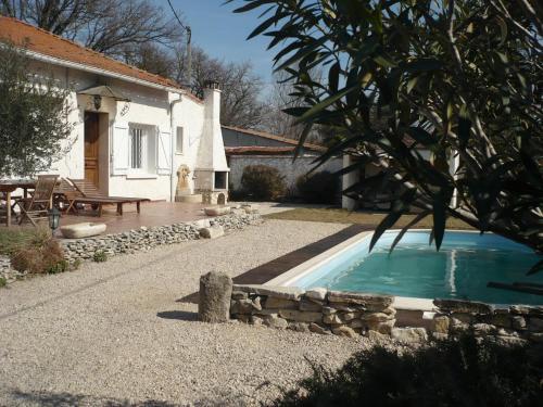 Au bonheur partagé : Apartment near Vedène