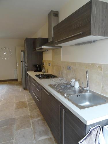 Ces Jours À Pommard : Guest accommodation near Lusigny-sur-Ouche