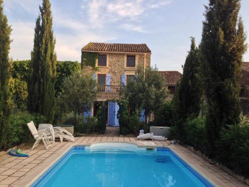Ivy House Oupia : Guest accommodation near Aigues-Vives