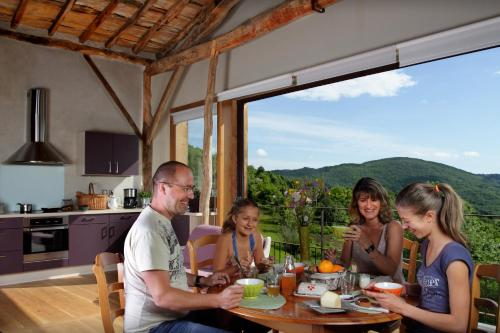 Gite Le Boucail : Guest accommodation near Loubaut
