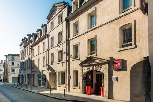 ibis La Rochelle Centre Historique : Hotel near La Rochelle