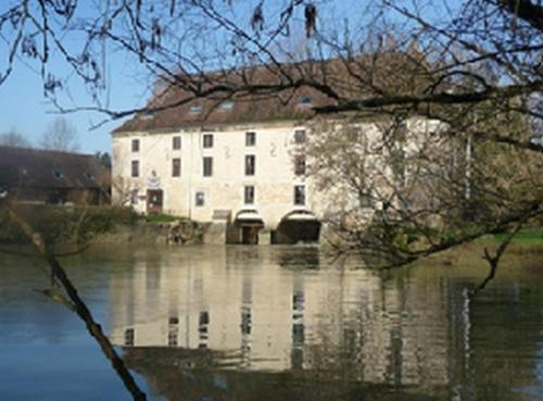 Moulin de Bourgchateau : Hotel near Saint-Usuge
