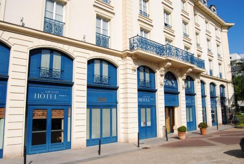 Résidence du Grand Hôtel : Guest accommodation near Châtenay-Malabry