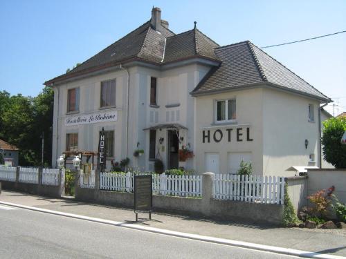 Hostellerie La Boheme : Hotel near Kauffenheim