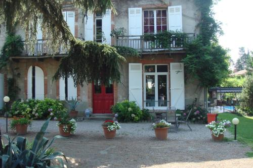 Villa du Canal : Bed and Breakfast near Saint-Orens-de-Gameville