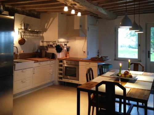 L'oisellerie Cottages : Guest accommodation near Omméel