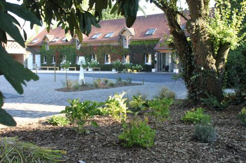 Le Manoir de Gavrelle : Hotel near Sailly-en-Ostrevent