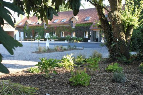 Le Manoir de Gavrelle : Hotel near Étaing