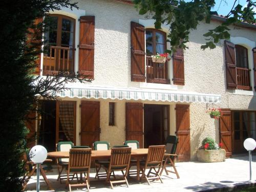 Domaine St George : Bed and Breakfast near Ajac