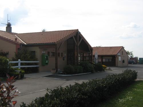 Campanile Niort - La Crèche : Hotel near Vouillé