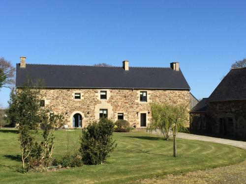 Luxury Farmhouse Brittany : Guest accommodation near Plumaugat