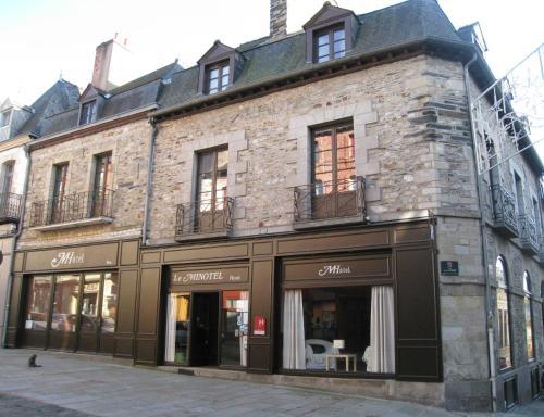 Le Minotel : Hotel near Saint-Georges-de-Chesné