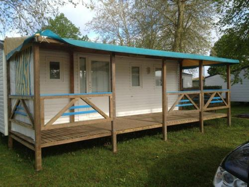 Camping Arquebuse : Guest accommodation near Trochères