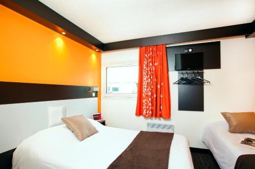 Hotel Cerise Lens : Hotel near Étaing