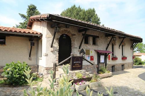 La Chaumière : Hotel near La Tessoualle