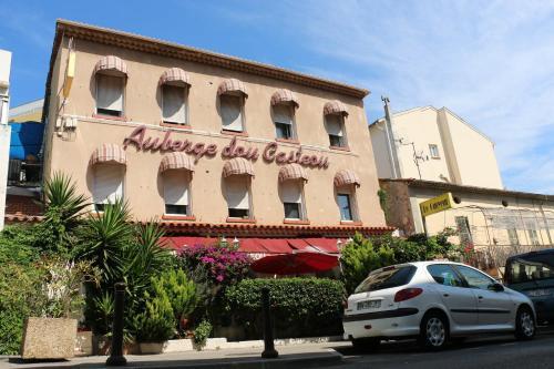 Auberge Dou Casteou : Hotel near Saint-Laurent-du-Var