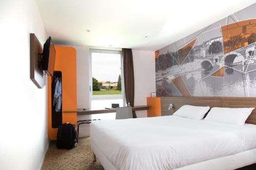 Brit Hotel Toulouse Colomiers – L'Esplanade : Hotel near Fonsorbes