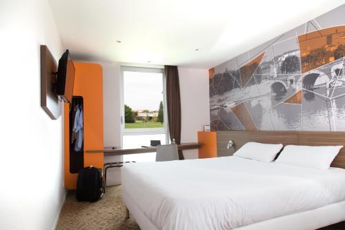 Brit Hotel Toulouse Colomiers – L'Esplanade : Hotel near La Salvetat-Saint-Gilles