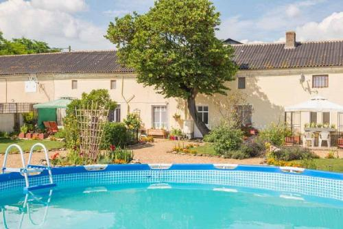 Le Vieux Logis : Bed and Breakfast near Montreuil-Bellay